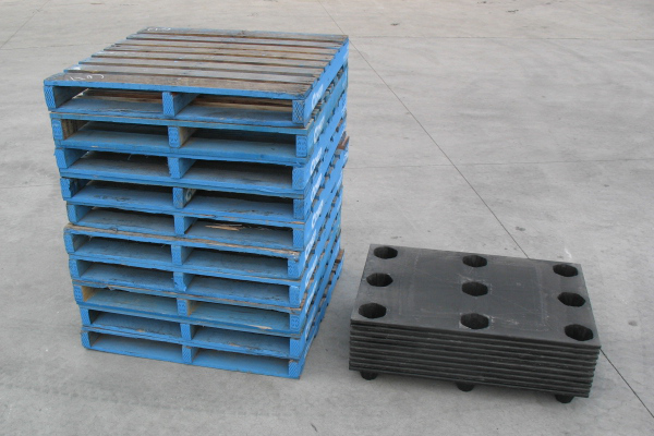 MyPal Stacked Nestable Euro pallets